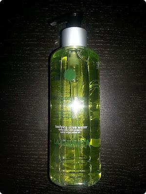 agua-oliva-tonificante-la-chinata