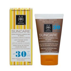 Apivita: Crema facial de color de textura ligera SPF30 con lavanda de mar & propóleo