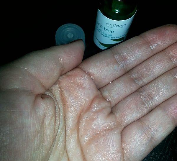 aceite-purificante-arbol-de-te-y-romero-oriflame-detalle