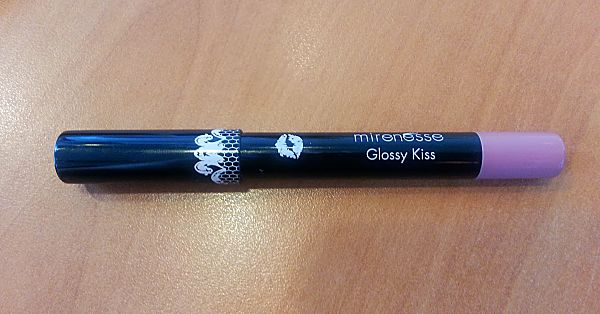 Mirenesse: Cheeky Glossy Kiss