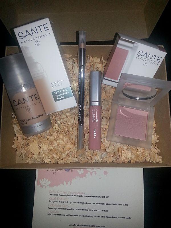 cosmetica-natural-essentia-box-sante-maquillaje