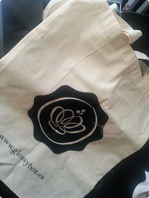 cosmetica-glossybox-diciembre-bag