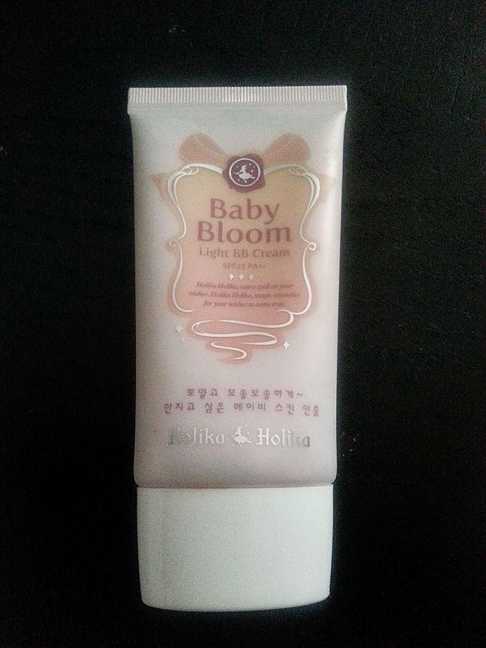 Holika Holika: Baby Bloom Light BB Cream SPF25++