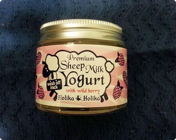 Holika Holika: Premium Sheep Milk Yogurt Wild Berry Mask