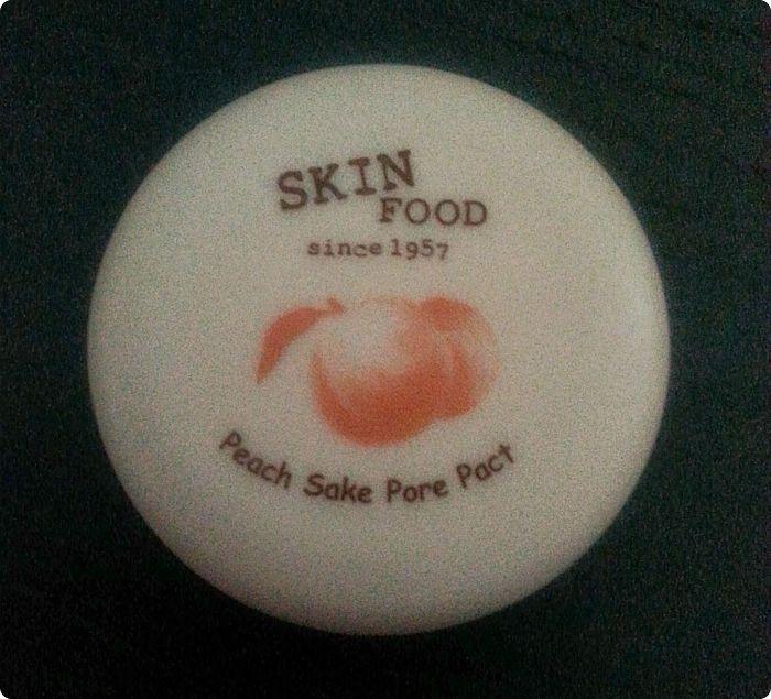 skinfood-peach-sake-pore-pact