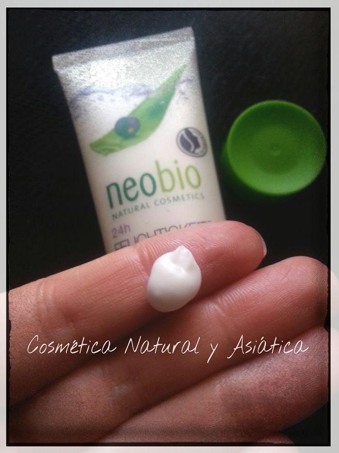 neobio-crema-facial-aloe-y-acai-24-horas-textura