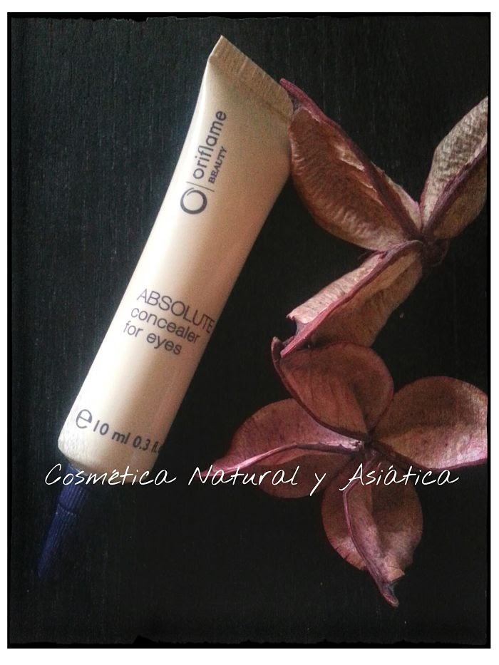 Oriflame: Beauty Absolute Concealer for Eyes