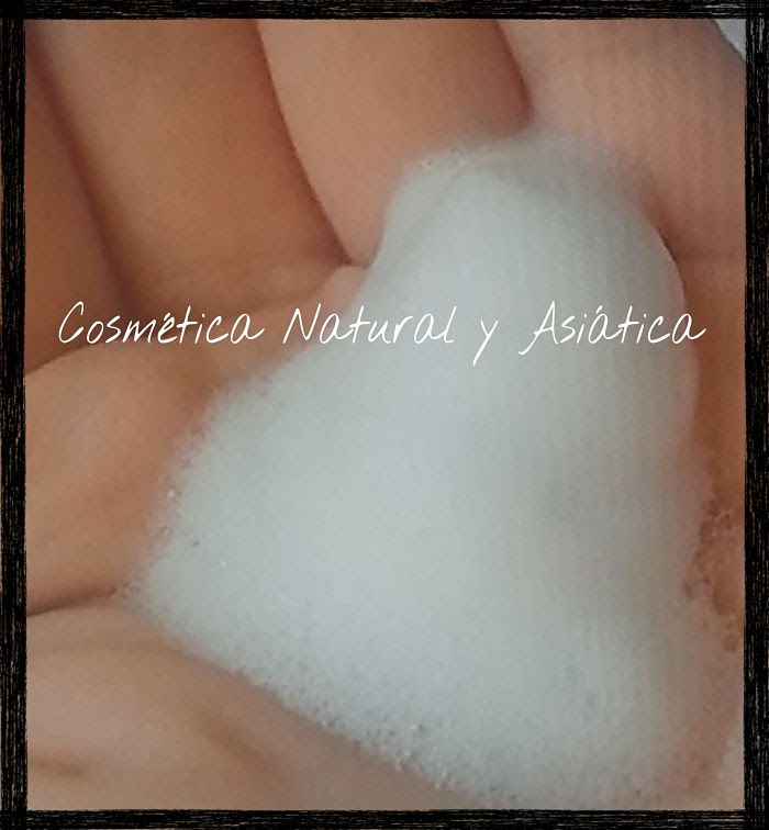 natural-carol-espuma-facial-limpiadora-textura