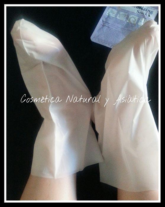 united-exchange-nu-pore-moisturizing-socks-shea-butter-and-aloe-vera-extract