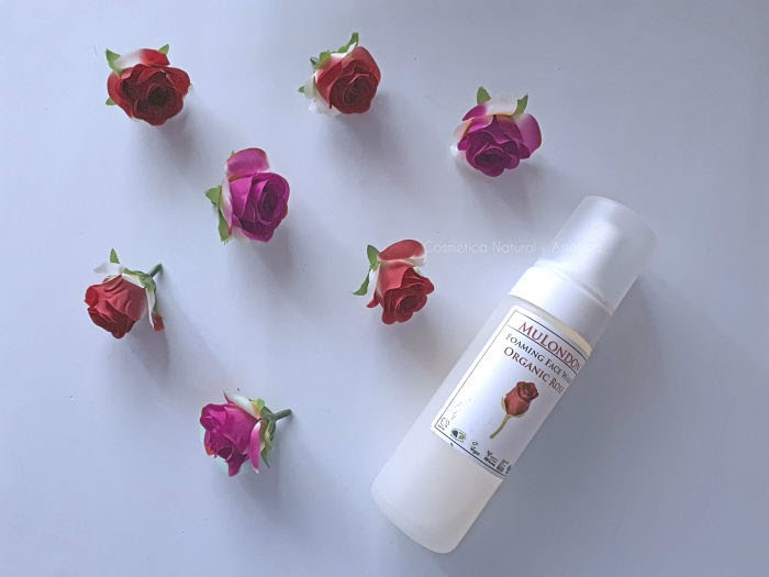 mulondon-rose-rosehip-and-rosemary-foaming-cleanser